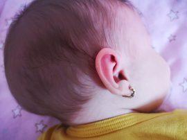 ureche bebe